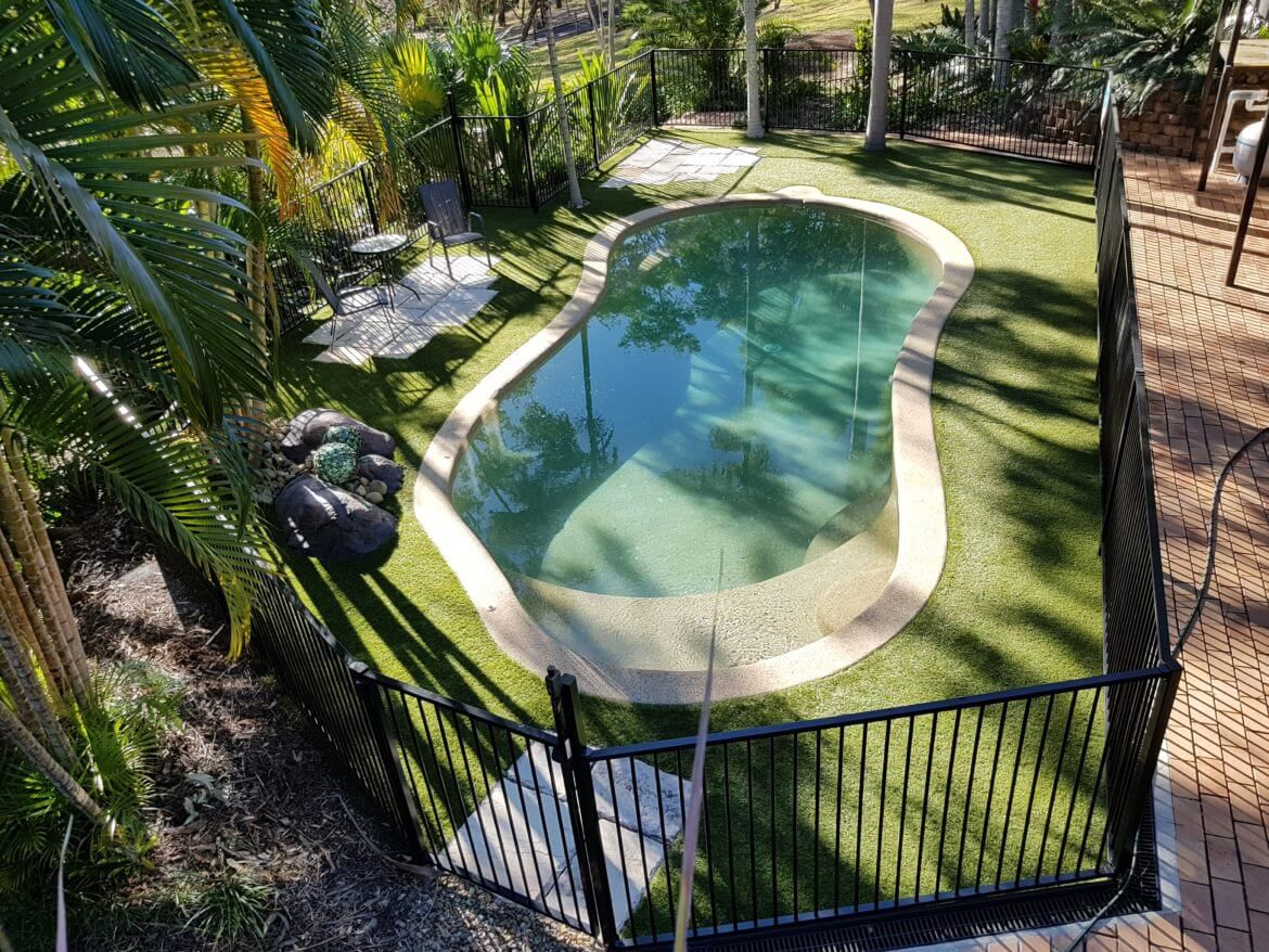 Waterside Pool Fencing - Aluminum Fencing on Round Pool